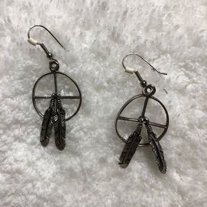 Jewelry - Feathered earrings